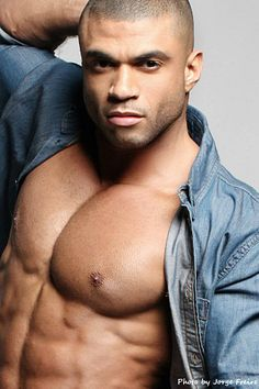 Alan Taurus male fitness model