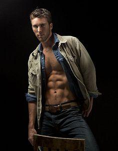 Beau West male fitness model