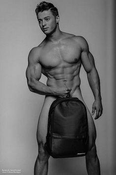 Mitchell Harding male fitness model