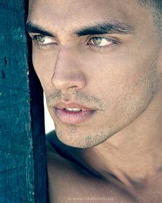 Francisco Gabriel male fitness model