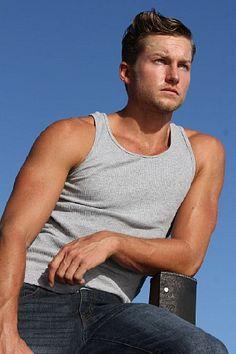 David Heyes male fitness model