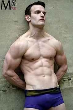 Mike Masci male fitness model