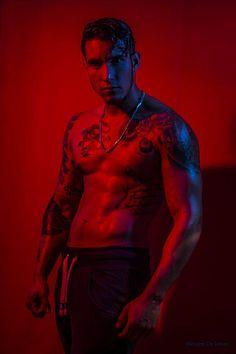 Andres Pizarro male fitness model
