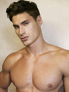 Michael Spadino male fitness model