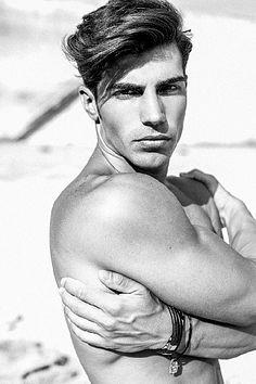 Antonio Pino male fitness model