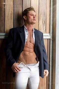 AJ Hutchinson male fitness model