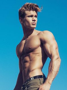Charles Paquette male fitness model