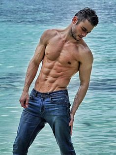 Raymund Isaac male fitness model