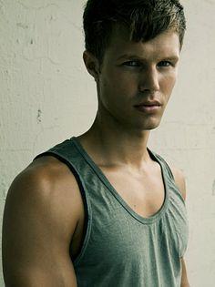 Brett Kallio male fitness model