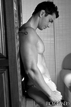 Chrystian Garcia male fitness model