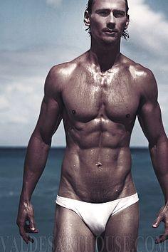 Brent Tinsley male fitness model