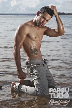 Alexandre Martins male fitness model