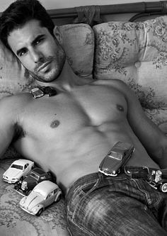 Dan Wainer male fitness model