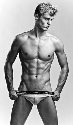 Denis Goossens male fitness model