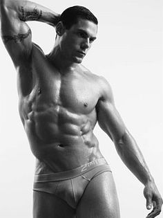 Matt Perella male fitness model