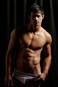 Matt Oregan male fitness model