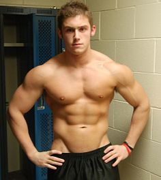 Bobby Rossong male fitness model
