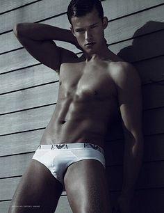 Marcus Hauge male fitness model
