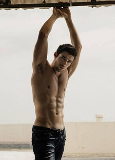 William Nunes male fitness model