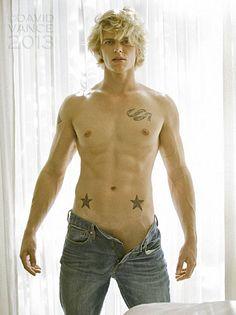 Michael Heppner male fitness model