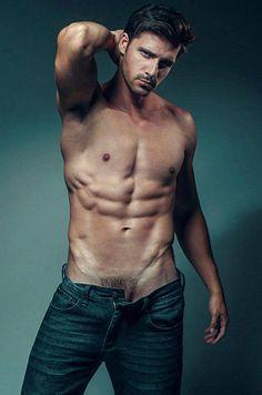 Matheus Santos male fitness model