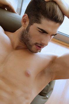 Renzo Molinari male fitness model