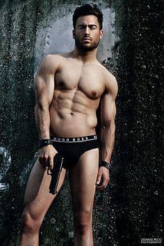Michael Tschida male fitness model