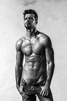 Claudio Avilla male fitness model