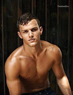Tyler Bartel male fitness model