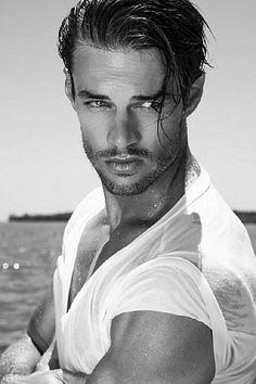 Leon Nieuwoudt male fitness model