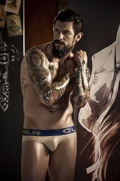 Leo Quintero male fitness model