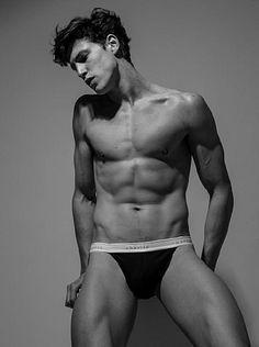 Lucas Muller male fitness model
