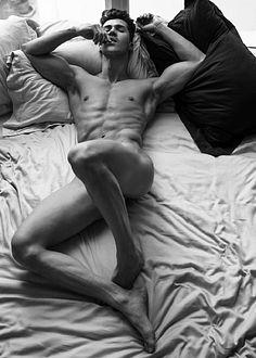 Clauss Castro male fitness model
