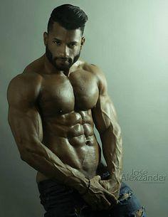 Juventino Mendoza male fitness model