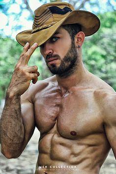 Andres Bayona male fitness model