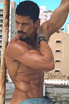 Melvin Roman male fitness model