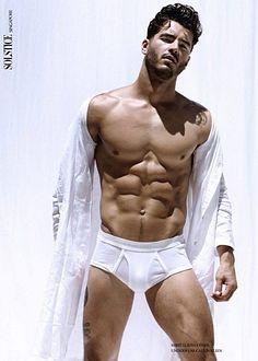 Andrew Biernat male fitness model