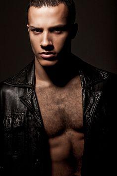 Mattheus Lian male fitness model