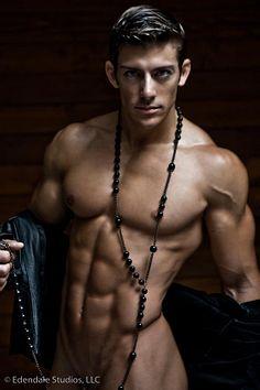 Zack Johnathan Vazquez male fitness model