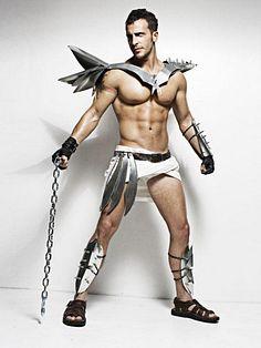 David Tomassi male fitness model