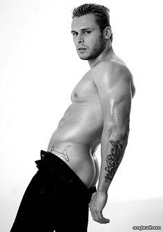 Lucas Barreto male fitness model