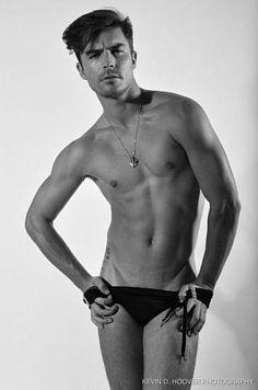 Alejandro Corzo Suárez male fitness model