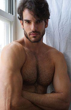 Junior Ferreira male fitness model