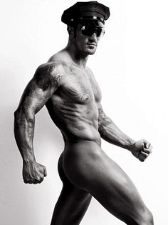 Joseph Troisi male fitness model