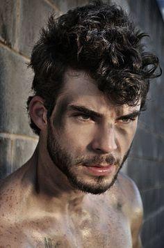 Lucas Kubitschek male fitness model
