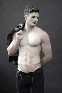Vito Leone male fitness model