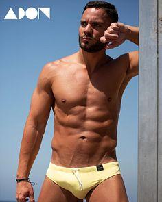 Alberto male fitness model