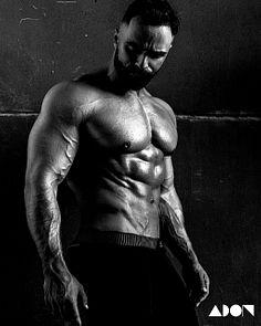 Aleksandr Krupnov male fitness model