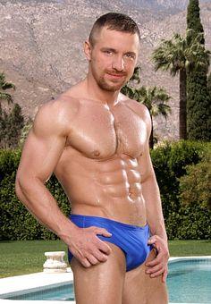Alex Collack male fitness model