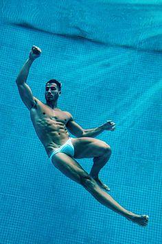 Alex García Lobo male fitness model